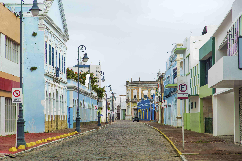 Foto de rua vazia em Alagoas