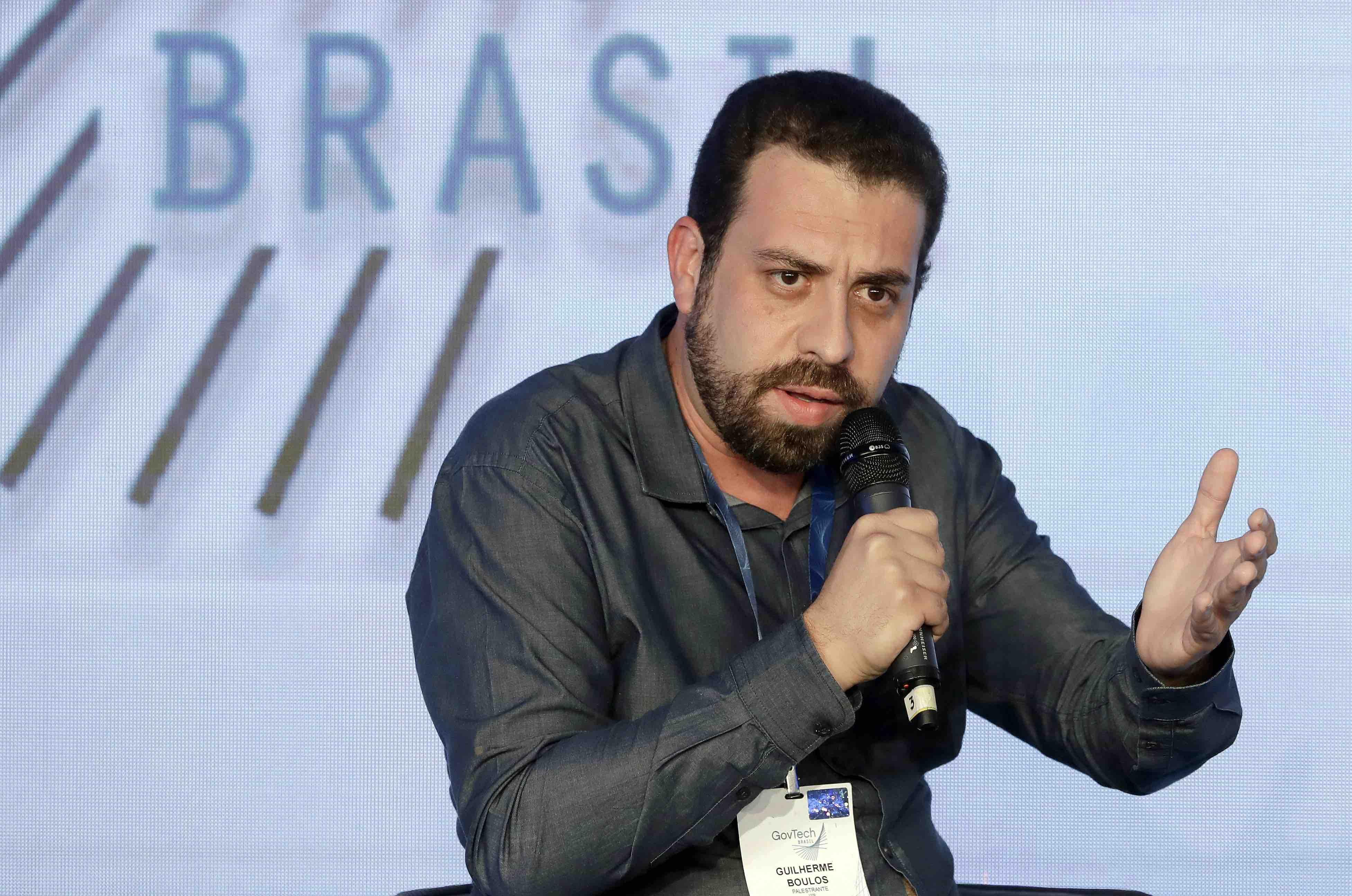 Guilherme Boulos fala durante evento GovTech.