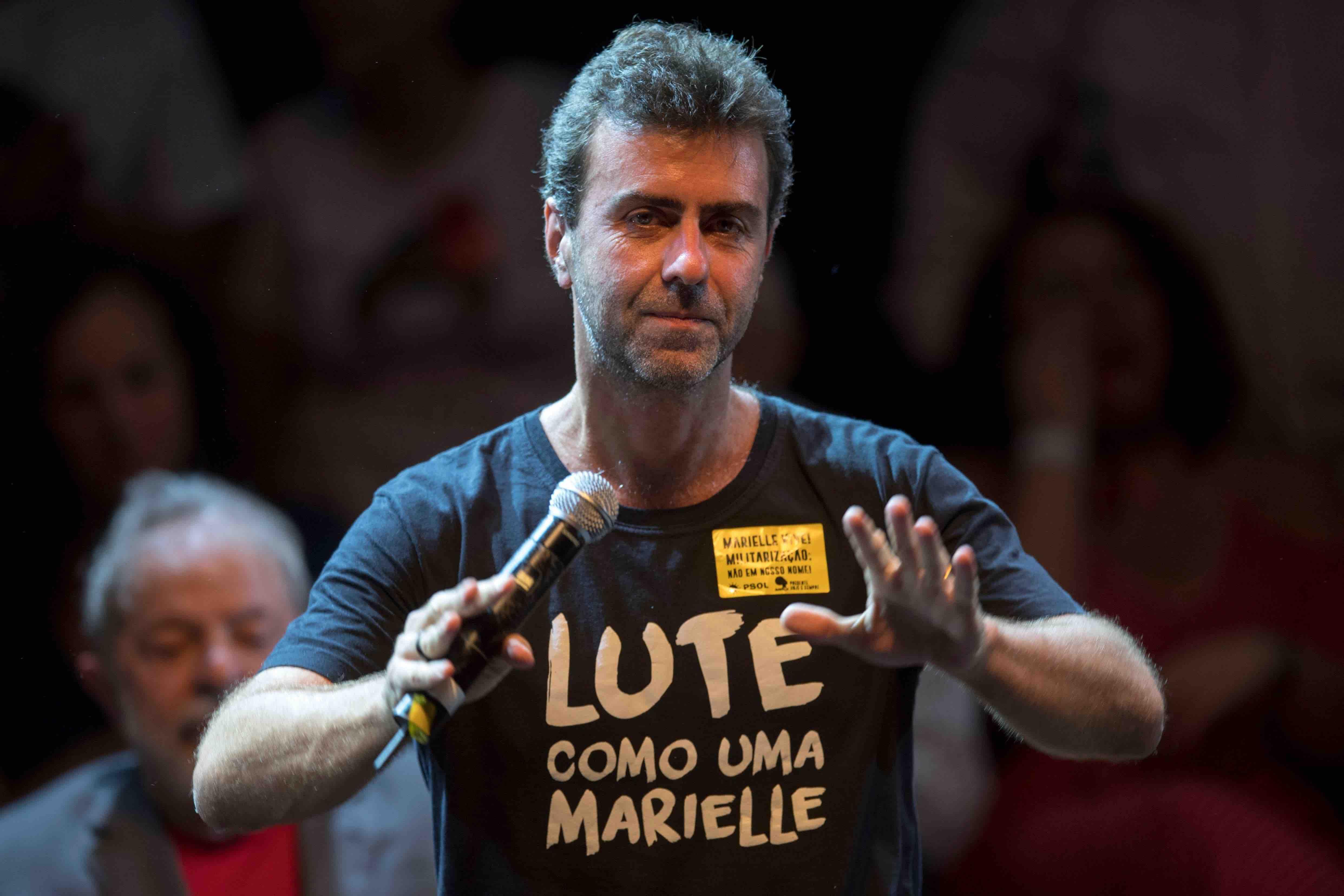Marcelo Freixo, durante comício para sua candidatura a Prefeitura do Rio de Janeiro.